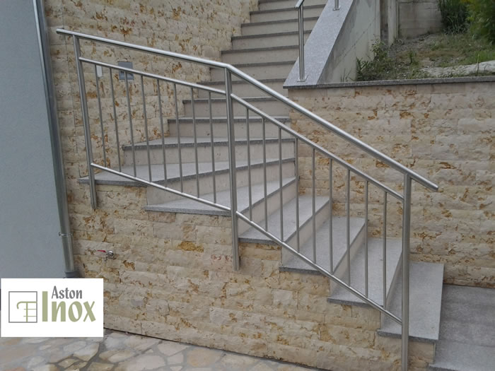 Stainless Steel Staircase Railing With Vertical Infill