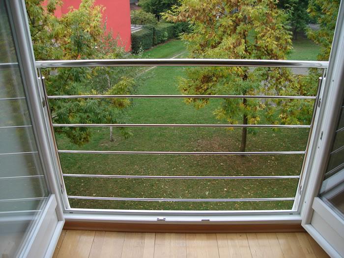 balkongel nder f r franz sische balkone aus edelstahl va nirosta aston inox. Black Bedroom Furniture Sets. Home Design Ideas